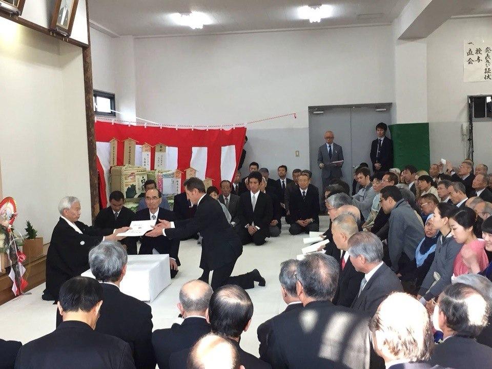 10 января в Хомбу Додзё прошла традиционная церемония Кагами-Бираки. Поздравляем нашего любимого учителя Кристиана Тисье, шихана школы, с присвоением заслуженного 8-го дана айкидо Айкикай!